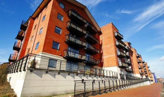 Mount Stuart Square Apartment